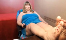 Cock-hungry Chubby Milf Begs To Get Naked And Pose For The