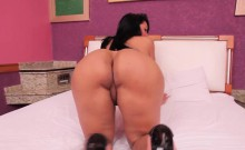 Bigbooty Tranny Drilled Deeply In Her Asshole