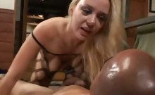 Annette Bounces on a Cock