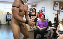 Sexy stripper is letting divas engulf his joy pecker