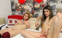 Blonde lesbian hottie wide spreading legs for hot pussy lick