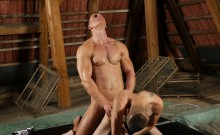 Luke Ward and Tim Law blowing dick and barebacking hard