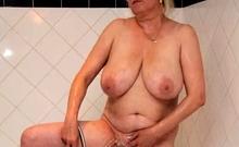 Masturbate Big Boobs Mature Woman