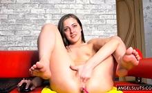 Hot Naughty Brunette Chick Anal On Webcam