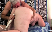 Chubby Chasing Masseur Gives A Raunchy Rubdown To Fat