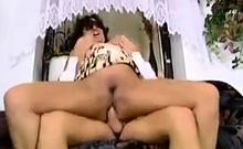Big Floppy Titten MILF Deutsch Anastasia